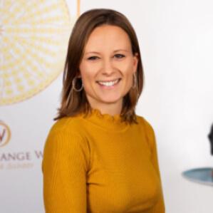 Speaker - Anja Sina Scheer